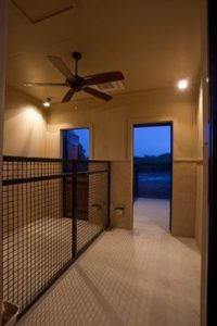 outdoor-dog-kennels_003